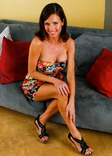 Mature wife Veronica Avluv shows off her beautiful big tits.